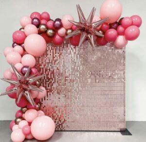 Фотозона из пайеток с шарами хром  2,4*2,4 метра